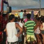 CINCO PESSOAS MORREM CARBONIZADAS  EM  F. DE SANTANA ; PAI É SUSPEITO