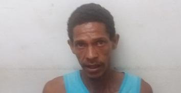 Joadson Silva de Jesus,  32, residente na Ruinha, foi baleado na perna e em seguida preso pelo PETO.