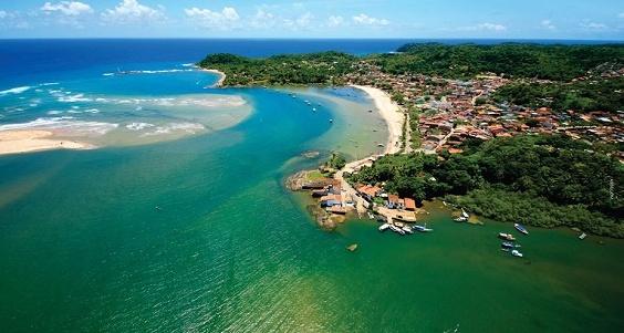 Vista aérea de Itacaré, no sul da Bahia (Foto Mário Nogueira).