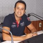 UBATÃ:  JACKSON CRISTIANO É O QUARTO RADIALISTA A APRESENTAR O JORNAL DA SEIS DA FM UBATÃ