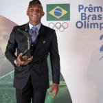 ISAQUIAS QUEIROZ CONQUISTA O PRÊMIO BRASIL OLÍMPICO 2016