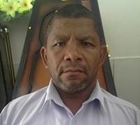 Pastor Valcir, e era dono de uma funerária, local onde foi assassinado.