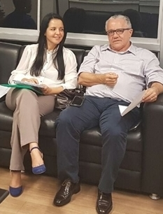 A prefeita Líu Andrade em audiência com a Secretários de Assuntos Institucionais, Josias Gomnes