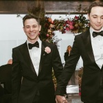 JIM PARSONS, O SHELDON DE THE BIG BANG THEORY, SE CASA