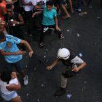 PARADA GAY : POLÍCIA  ACABA COM A FESTA DE BRIGÕES