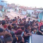 UBAITABA: EMPRESÁRIO DA 'DL-CALÇADOS' ENTREGA BRINQUEDOS PARA CRIANÇAS DE BAIXA RENDA