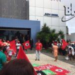 ASSOCIAÇÃO DE RÁDIOS E EMISSORAS REPUDIA MANIFESTAÇÃO EM FRENTE A REDE BAHIA