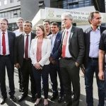 RUI E MAIS 10 GOVERNADORES SÃO BARRADOS AO TENTAR VISITAR LULA