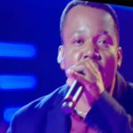 "CANTOR DO SUL DA BAHIA VENCE DUELO NO ""THE VOICE BRASIL"""