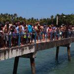 TURISTAS E VISITANTES LOTAM BARRA GRANDE  NO  FERIADÃO DE N.S. APARECIDA