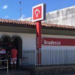 QUADRILHA USA MAÇARICO E LEVA  174 MIL DO BRADESCO DE P. SEGURO