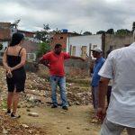 AURELINO LEAL: PREFEITURA INVESTE RECURSOS PRÓPRIOS NA PAVIMENTAÇÃO DE RUAS