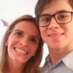 MÃE DE RAFAEL MIGUEL FOI MORTA AO ABRAÇAR ATOR PARA TENTAR PROTEGÊ-LO