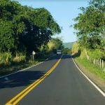 RUI INAUGURA PAVIMENTAÇÃO DA  BA 262 ENTRE COARACI E ITAJUÍPE NESTA QUINTA FEIRA (06)