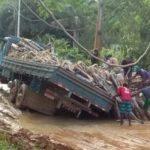 MARAÚ: SEM ASFALTO, MOTORISTAS ENFRENTAM LAMA E PREJUÍZOS NA BR-030