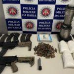 POLÍCIA FEDERAL APREENDE FUZIS E COCAÍNA EM PORTO SEGURO