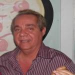 UBAITABA:  ADVOGADO PAI DE JOVEM ENVOLVIDO NO ASSASSINATO DE COMERCIANTE RECEBE VISITA DE COLEGAS E AMIGOS