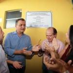 AURELINO LEAL:  GOVERNADOR INAUGURA QUADRA DE ESPORTE E ANUNCIA OBRAS NA CIDADE