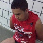 MULHER FLAGRA COMPANHEIRO ABUSANDO DE ENTEADA DE 6 ANOS; HOMEM FILMAVA ABUSO
