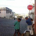 RUAS E AVENIDAS DE UBAITABA GANHAM REFORÇO NA SINALIZAÇÃO DE TRÂNSITO