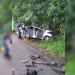 POLICIAL FICA PRESO ÀS FERRAGENS APÓS ACIDENTE NA ITABUNA-ILHÉUS