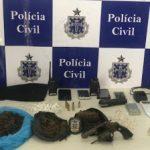 POLÍCIA CIVIL DE ILHÉUS LOCALIZA DEPÓSITO DE ARMAS E DROGAS