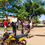 MARAÚ: POLÍCIA MILITAR FAZ  BLITZ EM BARRA GRANDE E APREENDE CARRO E MOTOS