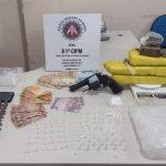 ITAMARATI/IBIRAPITANGA: 61ª CIPM REALIZA PRISÃO EM FLAGRANTE COM APREENSÃO DE ARMA E DROGAS